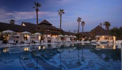 Laguna Village - Exclusive Shopping on the Costa del Sol