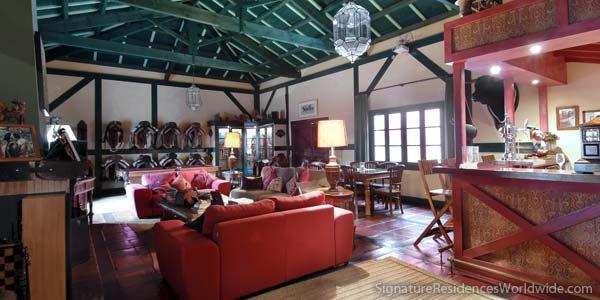 Exceptional hacienda for sale in Seville