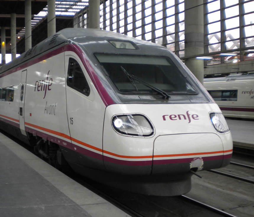how to get from marbella to malaga train station