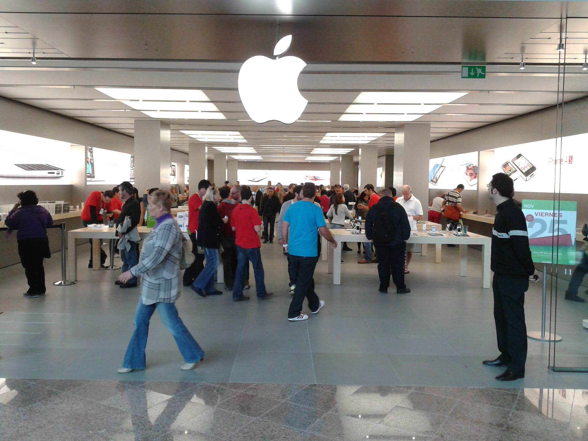 Apple Store Marbella opened