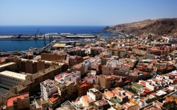 View over Almeria and port (by m0gema)