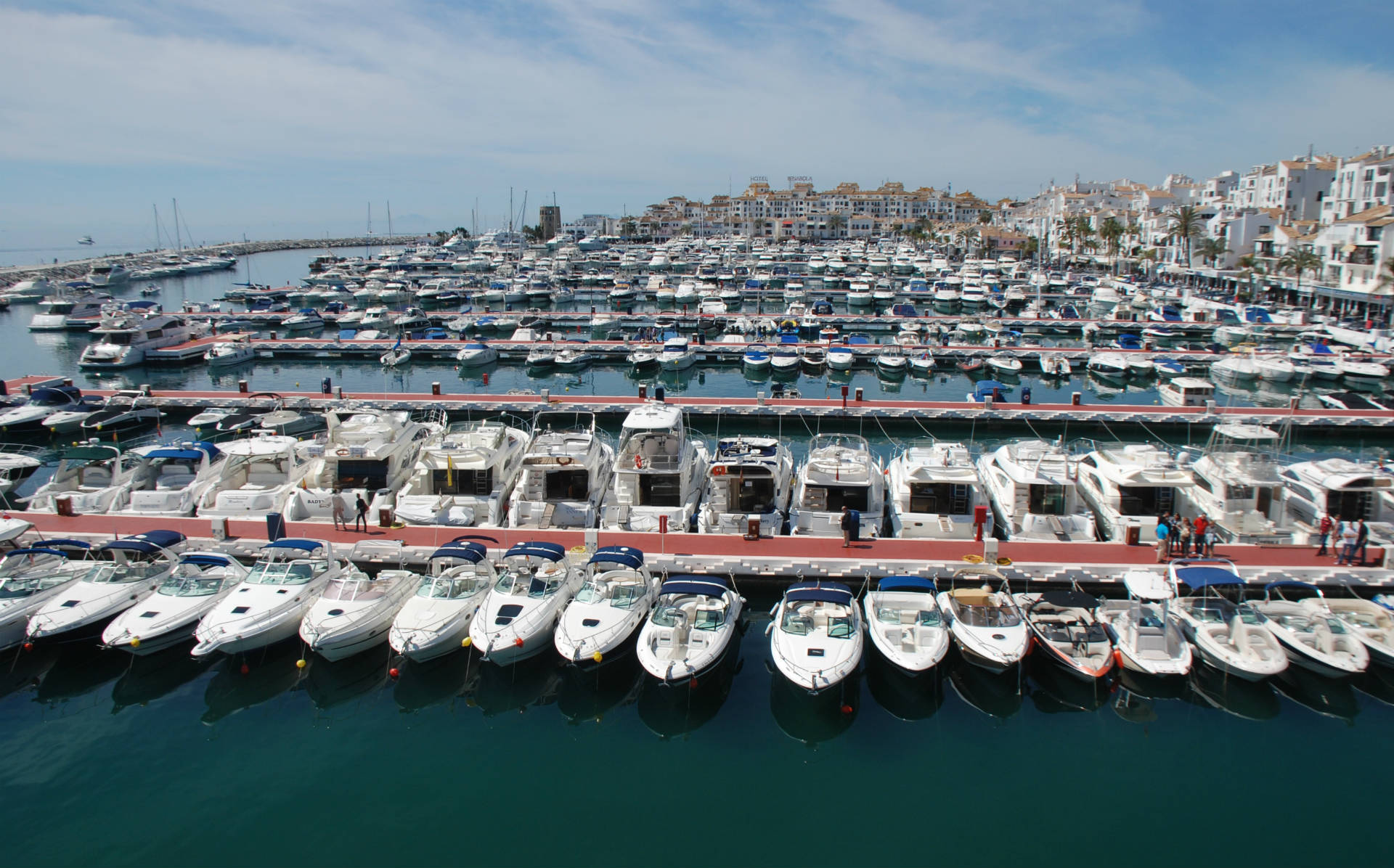 5 000 visitors at boat show in puerto ban s marbella - Puerto banus marbella ...