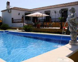 Enjoy your holidays in Villa Mercedes in Nerja