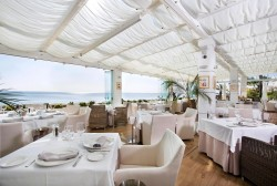 Besaya Beach offers a unique dining experience